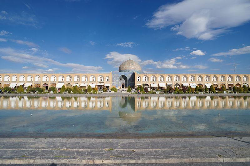 Shaykh Lotfollah Mosque in Isfahan,Iran