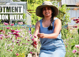#AllotmentFashionWeek Day FIVE – Shop Vintage & Wear Lippy